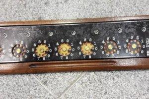 kalkulátor (s návodem a záručním listem z roku 1929) v původním obalu